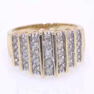 10 karat Gold and Diamond Ring