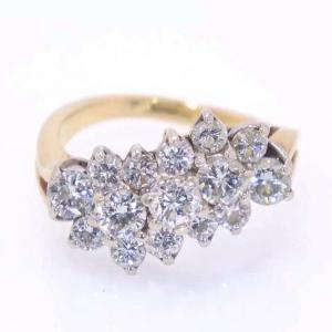 18 karat Gold and Diamond Ring